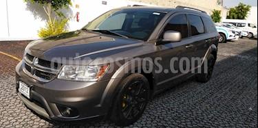 Foto venta Auto Seminuevo Dodge Journey SXT 3.6L Premium (2012) color Plata Metalico precio $179,000