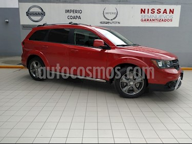 Foto venta Auto Seminuevo Dodge Journey SXT Sport 2.4L 7 Pasajeros  (2016) color Rojo Adrenalina precio $329,900