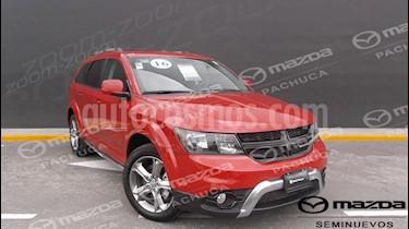 Foto venta Auto Seminuevo Dodge Journey SXT Sport 2.4L 7 Pasajeros  (2016) color Rojo Adrenalina precio $335,000