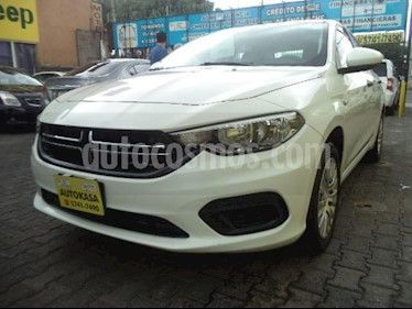 Foto venta Auto Seminuevo Dodge Neon SE (2017) color Blanco precio $202,000