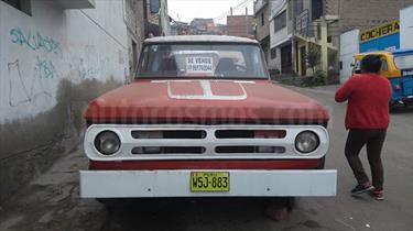 Foto venta Auto Usado Dodge Ram 1500 2500 Basica Pick-up 4x4 V8,5.9i,16v A 2 3 (2001) color Rojo Pasion precio $4,000