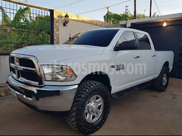 Foto venta carro Usado Dodge Ram 4000 Regular Cab (2016) color Blanco