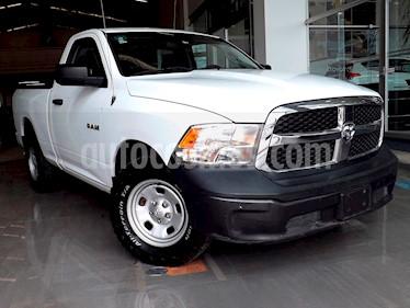 Foto venta Auto Seminuevo Dodge Ram Wagon 1500 SLT V8 (2015) color Blanco precio $245,000