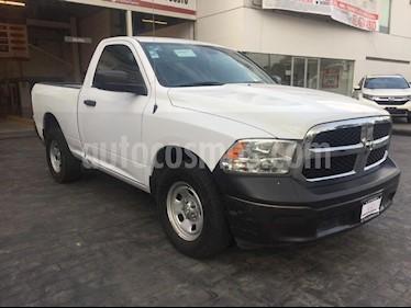 Foto venta Auto Seminuevo Dodge Ram Wagon 1500 SLT V8 (2015) color Blanco precio $270,000