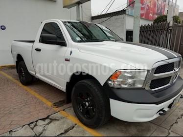 Foto venta Auto Seminuevo Dodge Ram Wagon 2500 SLT V8 (2013) color Blanco precio $219,000