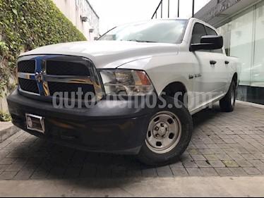 Foto venta Auto Seminuevo Dodge Ram Wagon 2500 SLT V8 (2016) color Blanco precio $409,000