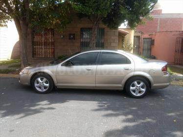 Foto venta Auto usado Dodge Stratus 2.4L SE Aut (2005) color Arena Dorada precio $55,000