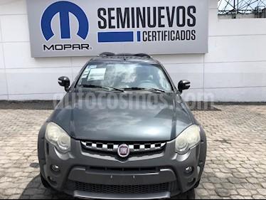 Foto venta Auto Seminuevo Fiat Palio Adventure STX-L (2013) color Gris precio $130,000