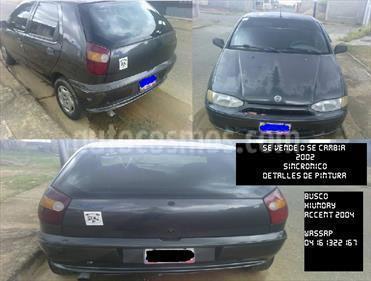 Foto venta carro usado Fiat Palio Fire 1.3 4ptas (2002) color Negro Carbon precio u$s1.300
