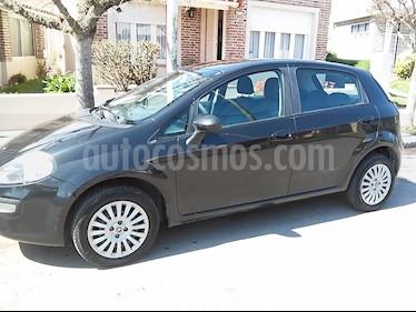 Foto venta Auto Usado Fiat Punto 5P 1.4 Attractive (2014) color Negro Vesubio precio $226.000