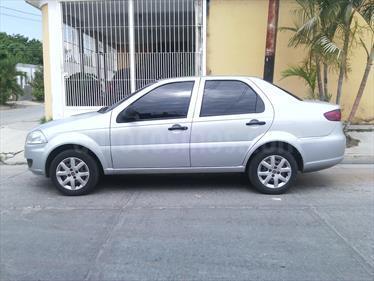 Foto venta carro usado Fiat Siena EXL 1.4L (2012) color Plata Dorado precio u$s2.600