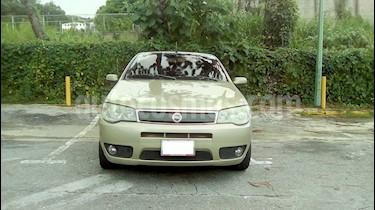 Foto venta carro Usado Fiat Siena hlx 1.8 (2006) color Bronce precio u$s3.500