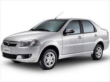 Fiat Siena HLX 1.8L usado (2014) color Gris Cromo precio BoF1.000.000