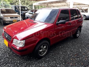 Fiat Uno Scr 5 puertas usado (2006) color Rojo precio $10.500.000