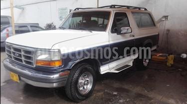 Foto venta Carro Usado Ford Bronco XL (1993) color Azul precio $10.900.000