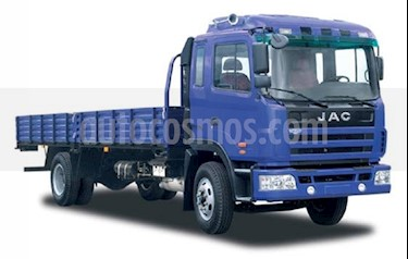 Foto venta carro Usado Ford Cargo 815 furgon (2018) color Azul precio BoF1.100.000