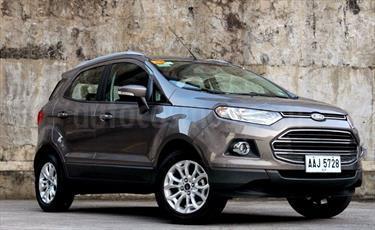 Ford Ecosport Titanium Aut 4x2 usado (2016) color Alma Negra precio BoF60.000.000
