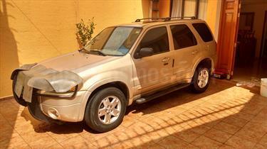 Foto venta Auto Seminuevo Ford Escape Limited (2007) color Oro precio $98,000