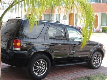 foto Ford Escape Limited