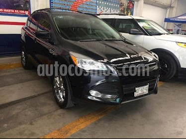 Ford Escape SE PLUS 4x2 usado (2014) color Negro precio $240,000