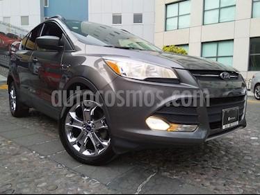 Foto venta Auto Seminuevo Ford Escape SE Plus con techo panoramico (2014) color Gris Nocturno precio $219,000