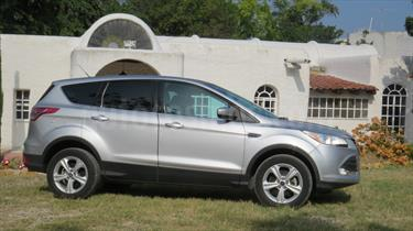 foto Ford Escape SE