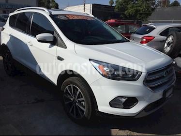 Foto venta Auto Seminuevo Ford Escape TITANIUM ECOBOOST 2.0L (2017) color Blanco precio $399,000