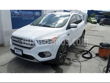 Foto venta Auto Seminuevo Ford Escape TITANIUM ECOBOOST 2.0L (2017) color Blanco Nieve precio $390,000
