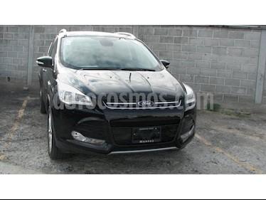 Ford Escape Titanium EcoBoost usado (2016) color Negro precio $320,000