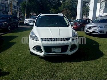 Foto venta Auto Seminuevo Ford Escape Titanium EcoBoost (2016) color Blanco Nieve precio $345,000