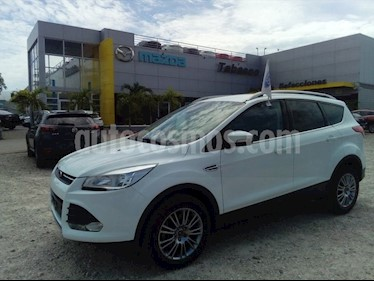 Foto venta Auto Seminuevo Ford Escape Trend Advance EcoBoost (2016) color Blanco Nieve precio $300,000