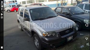 foto Ford Escape XLS 3.0L V6