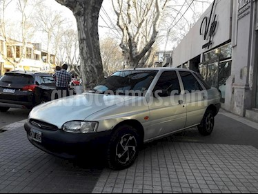 Ford Escort CLX usado (1999) color Gris Claro precio $115.000