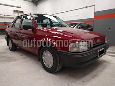 Foto venta Auto usado Ford Escort LX 5P Ac (1995) color Rojo precio u$s7.000