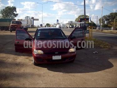 Foto venta Auto usado Ford Escort LX (2001) color Bordo Pontevecchio precio $60.000