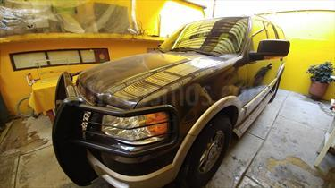 Foto venta Auto Seminuevo Ford Expedition Eddie Bauer 4x2 (2005) color Cafe Claro precio $115,000