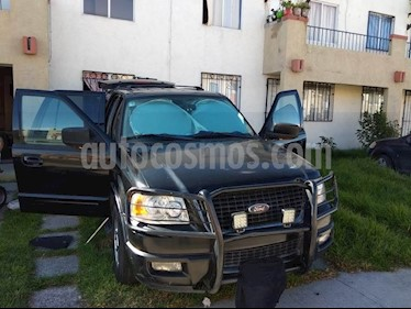 Foto venta Auto Seminuevo Ford Expedition Eddie Bauer 4x2  (2004) color Negro precio $75,000