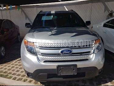 Foto venta Auto Seminuevo Ford Explorer 3.5 XLT V6 4X2 AT (2013) color Plata precio $237,000