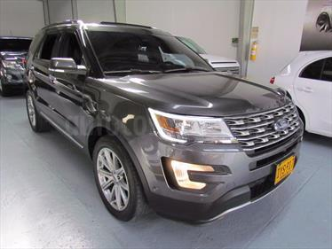 Ford Explorer 3.5L Limited 4x4 usado (2016) color Gris Metalico precio BoF230.000.000