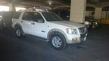foto Ford Explorer Everest 4x4