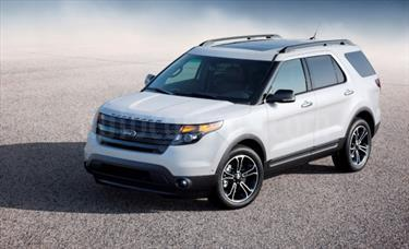 Foto Ford Explorer Limited 4.6L Aut usado (2015) color Blanco Perla precio u$s6.000.000