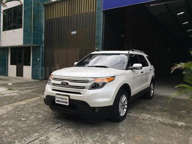 Foto Ford Explorer Limited 4x4  usado (2015) color Blanco precio u$s100.000.000