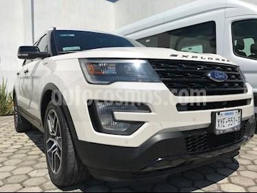 Foto venta Auto Seminuevo Ford Explorer Sport 4WD (2017) color Blanco precio $634,999
