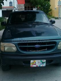 foto Ford Explorer XLT 4x2 4.0L
