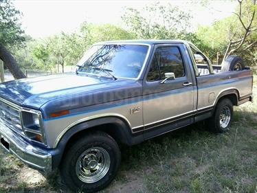 Foto venta Auto usado Ford F-100 3.6L XLT Lujo  (1987) color Azul Agua precio $220.000