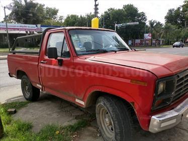 Foto venta Auto usado Ford F-100 3.6L (1982) color Rojo Flash precio $120.000