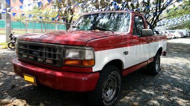 Ford F-150 Sinc 4x2 usado (1997) color Rojo precio $15.800.000