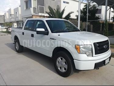 Foto venta Auto Seminuevo Ford F-150 XL 4x4 5.0L Doble Cabina (2010) color Blanco precio $213,000