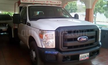 Foto Ford F-350 5.4L 4x2 Aa usado (2013) color Blanco precio u$s18.000