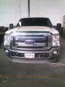 Foto venta carro usado Ford F-350 5.4L 4x2 (2013) color Blanco precio u$s22.000